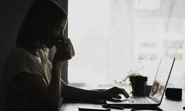 9 Surprising Ways to Stay Healthy when Working from Home