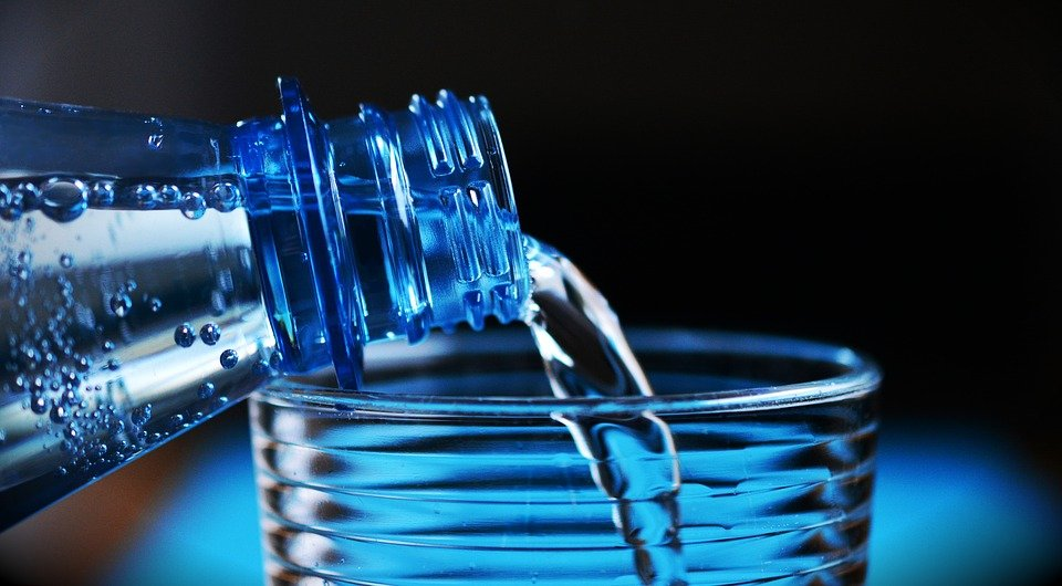 Dry Mouth at Night. water. bottle of water. www.blisslife.in