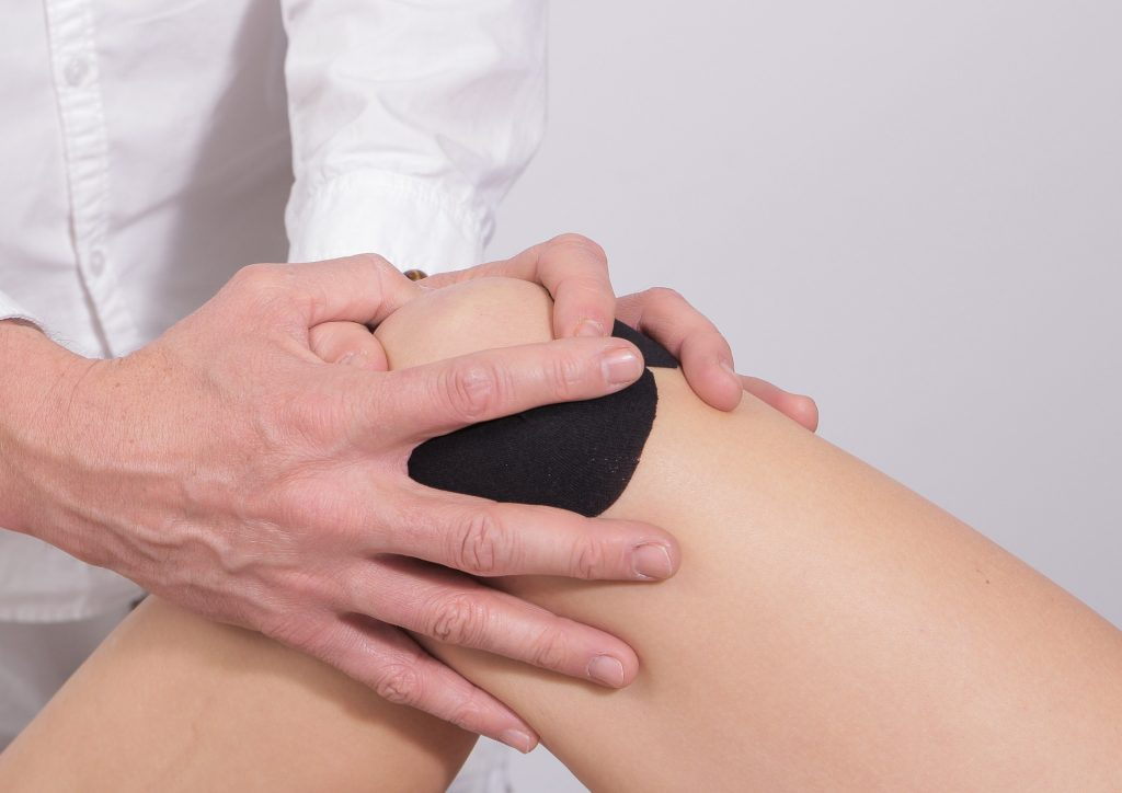 Get Rid of Sore Muscles Fast. knee. pain. soreness. www.blisslife.in