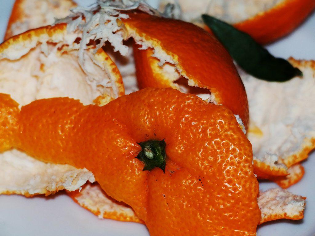 How to Make Banana Face Packs at Home. orange peel. www.blisslife.in