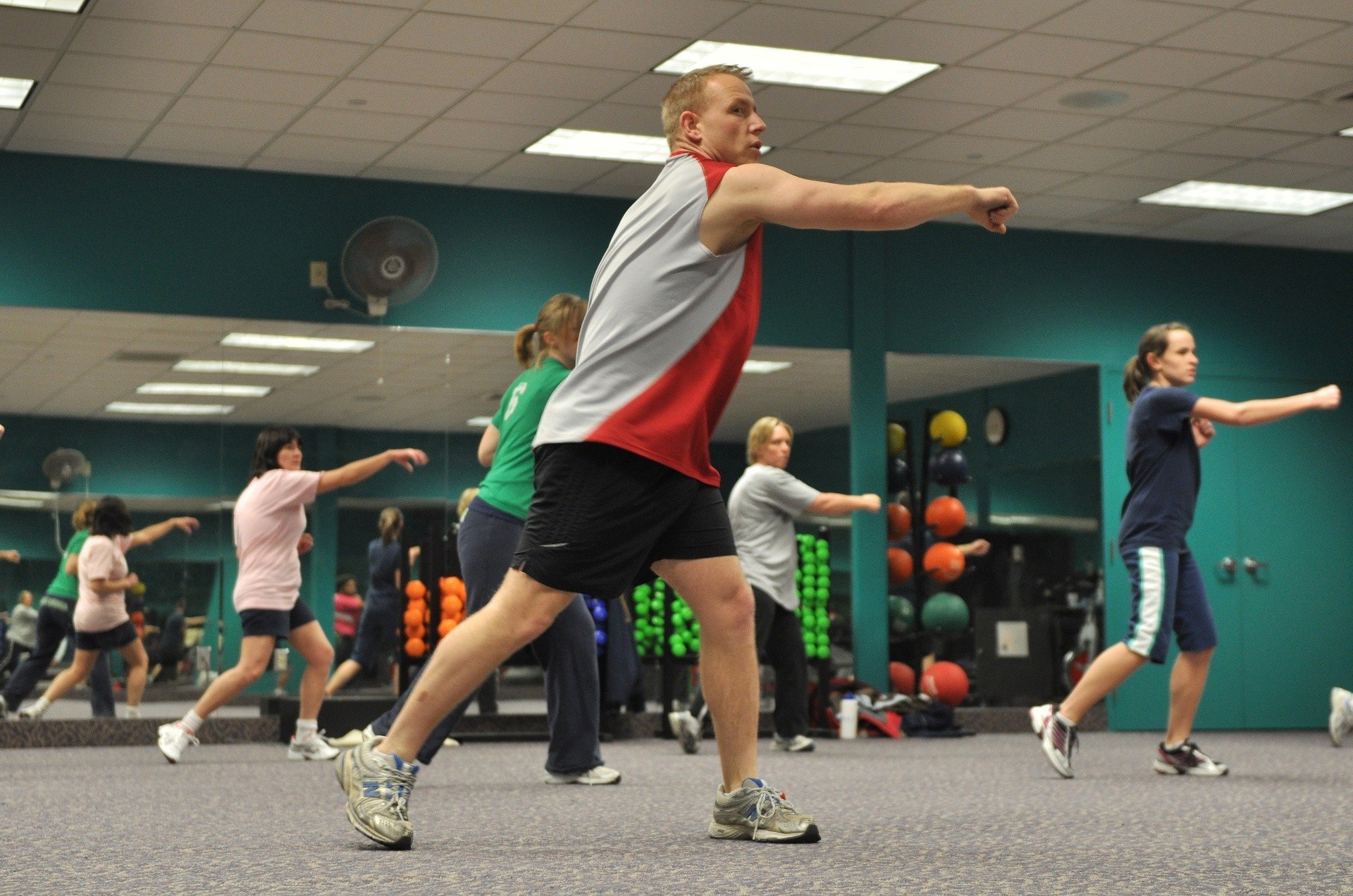 Cope with Social Anxiety at the Gym. exercise. gym. www.blisslife.in