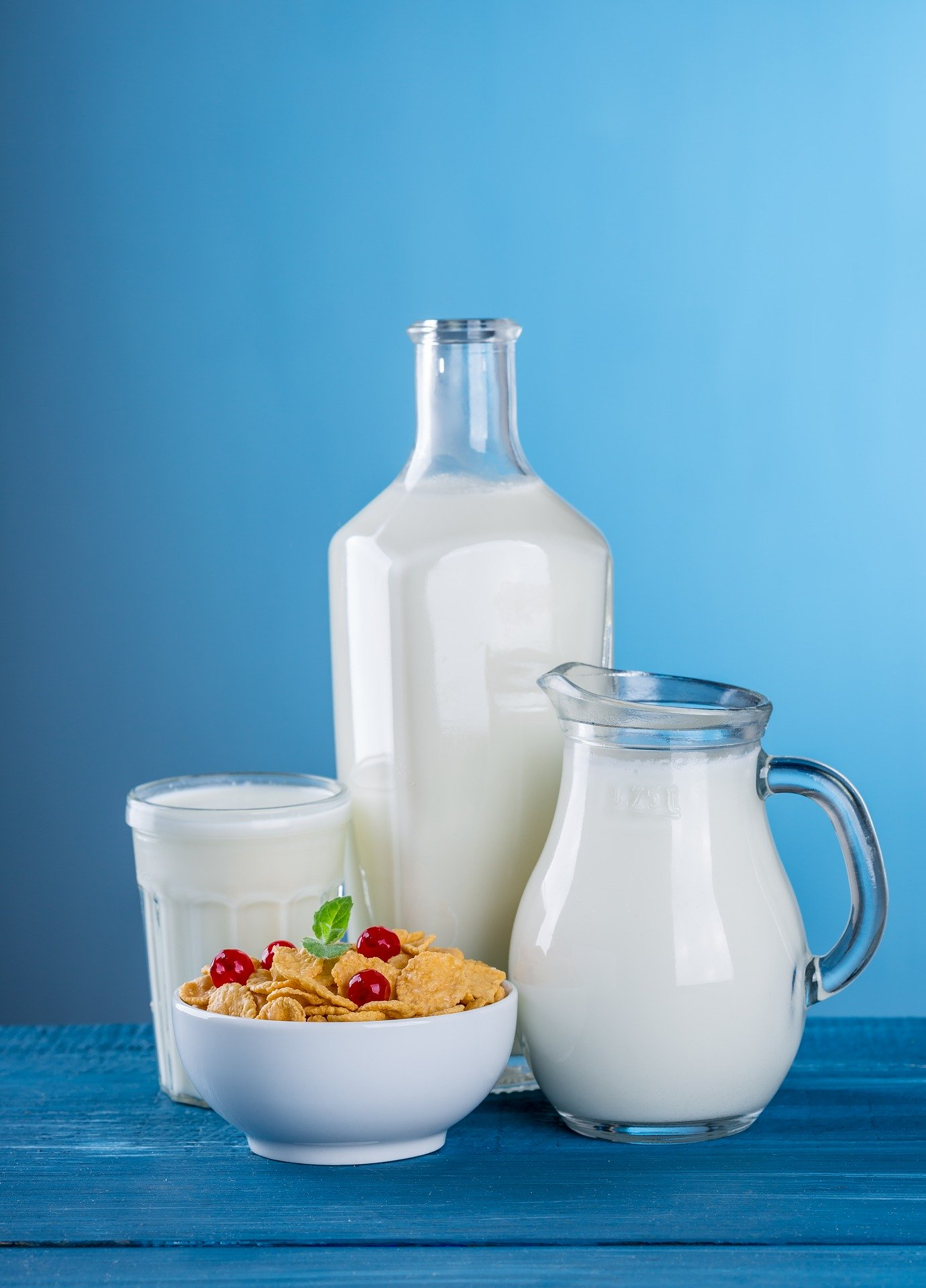 Increase Glutathione Naturally. milk. dairy. breakfast cereal. white. www.blisslife.in