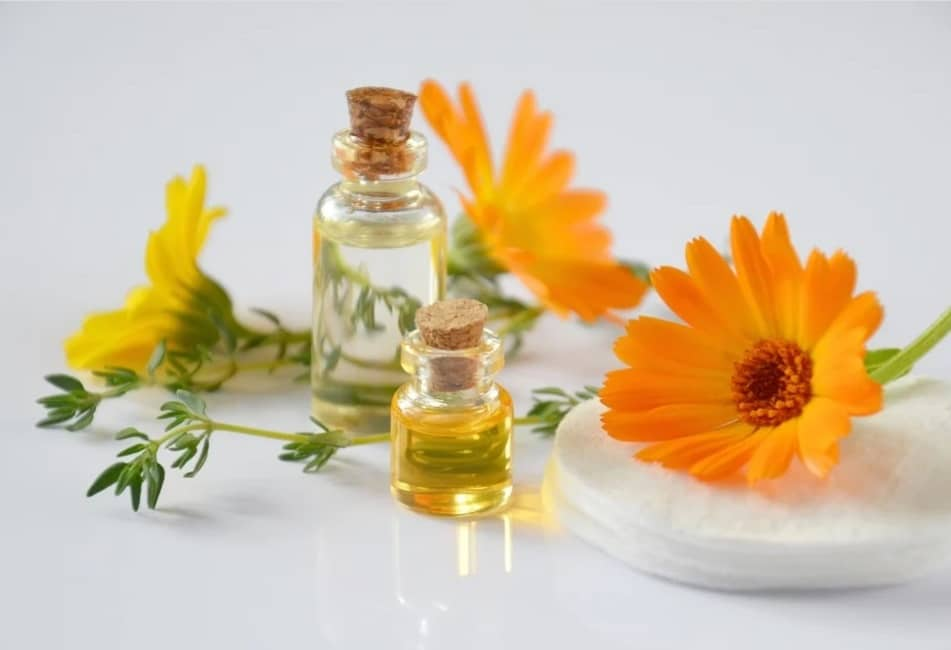 nightly makeup removal.flower.calendula.oil.makeup. www.blisslife.in