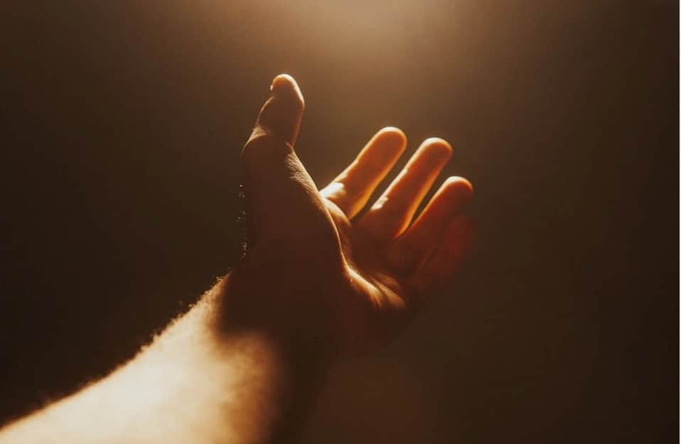 Living with Less. hand. light with hand. www.blisslife.in