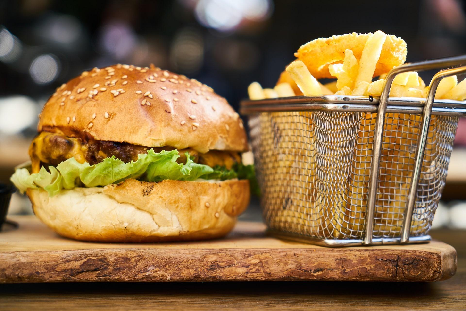 creatinine level. burger. processed food. high sodium food. fried. deep fried. www.blisslife.in
