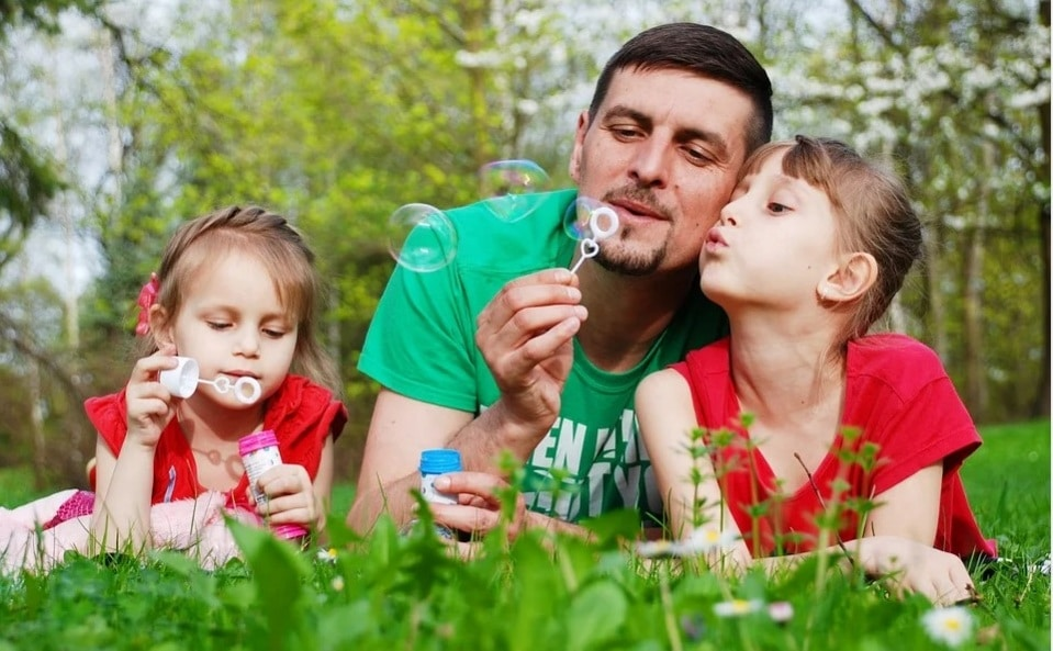 father. daughter. funtime. play. nature. family. togetherness. fatherhood. www.blisslife.in