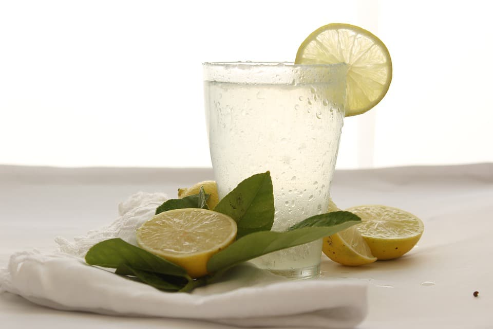 Keep Yourself Hydrated: We are so busy these days that we often forget to drink enough water. It is recommended to drink plenty of fluids to give your body proper hydration and that reduces the risk of skin damage by smartphone blue light. You can add citrus fruit juices for some taste. In this way, you can add some hydration as well as vitamin c (ascorbic acid ) or antioxidants into your system. Water keeps your skin and the entire body lively.