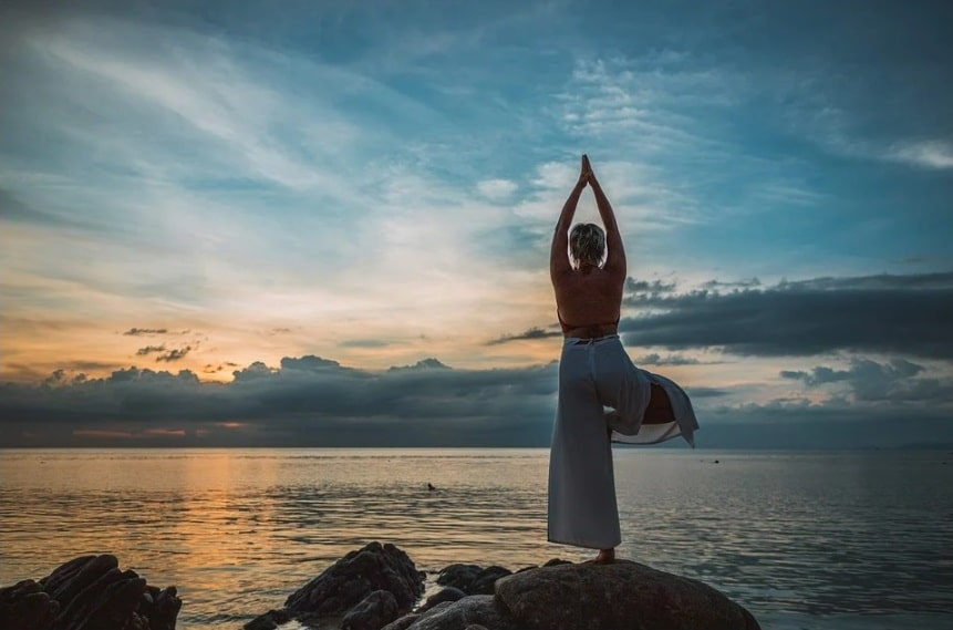 8 Incredible Health Benefits of Surya Namaskar that You Must Know